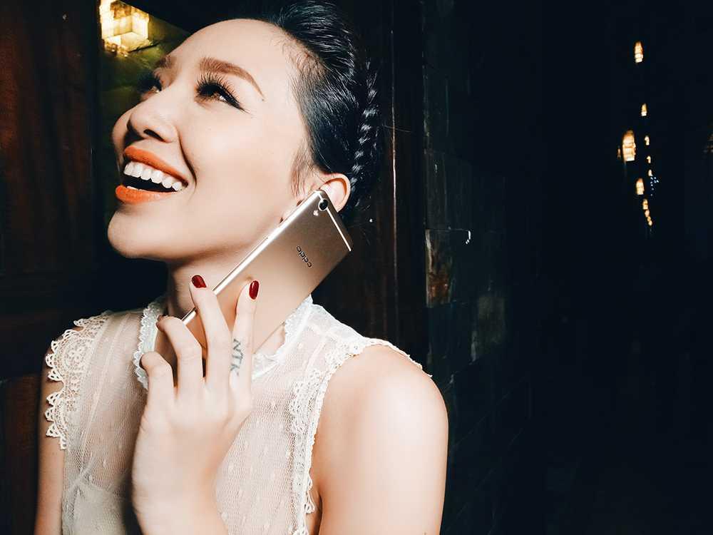 Toc Tien than thiet ben nguoi tinh cua Hoang Thuy Linh hinh anh 2