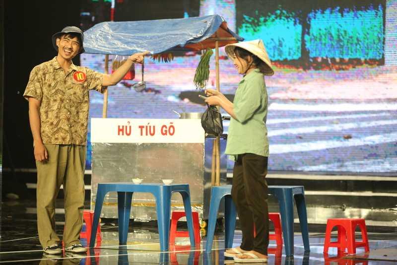 Thi sinh Cuoi xuyen Viet da xoay Ngoc Trinh va 'Vong eo 56' hinh anh 4