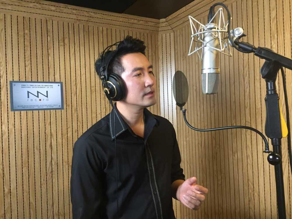 Xuc dong voi ca khuc Nguyen Phi Hung danh tang phi cong Tran Quang Khai hinh anh 1