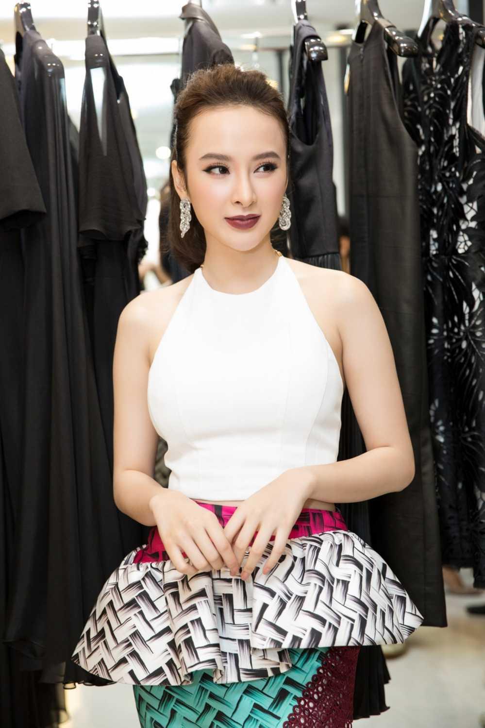 Bi 'nem da' vi 'lam mau' qua da, Angela Phuong Trinh van tu tin khoe ve quyen ru hinh anh 5