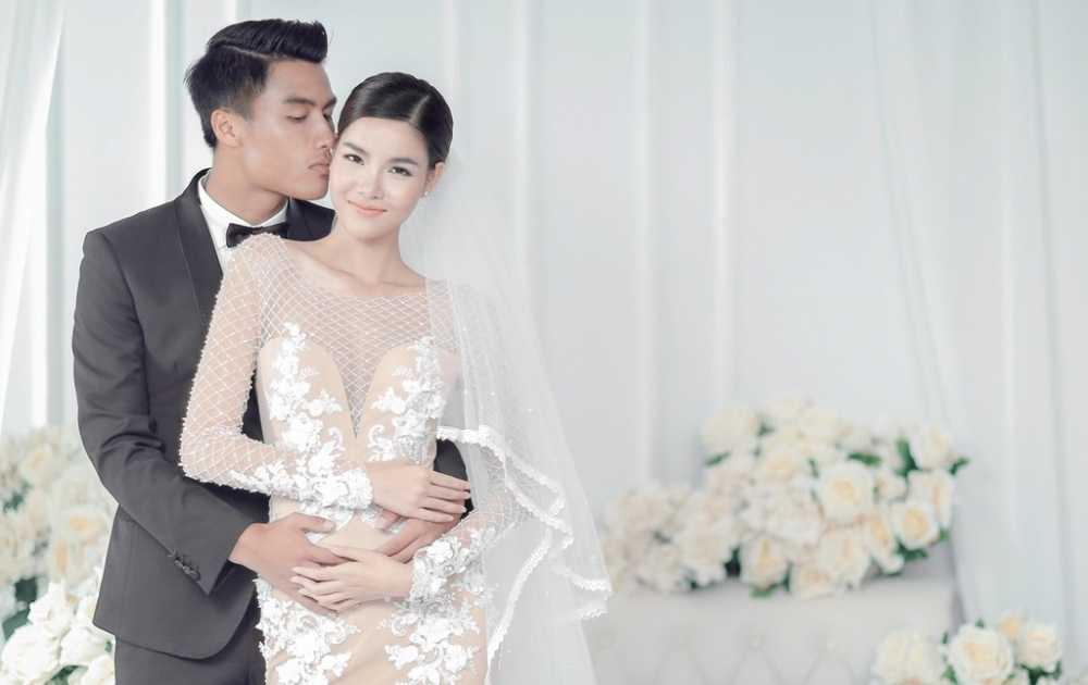 Quang canh hon le day lang man cua Ky Han va Mac Hong Quan hinh anh 1