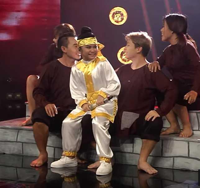 Khong hat 'so truong' dan ca, Ho Van Cuong van la nguoi dan dau hinh anh 5