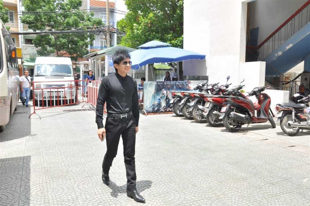 Noo Phuoc Thinh ngoi ghe huan luyen vien cung Dam Vinh Hung hinh anh 6