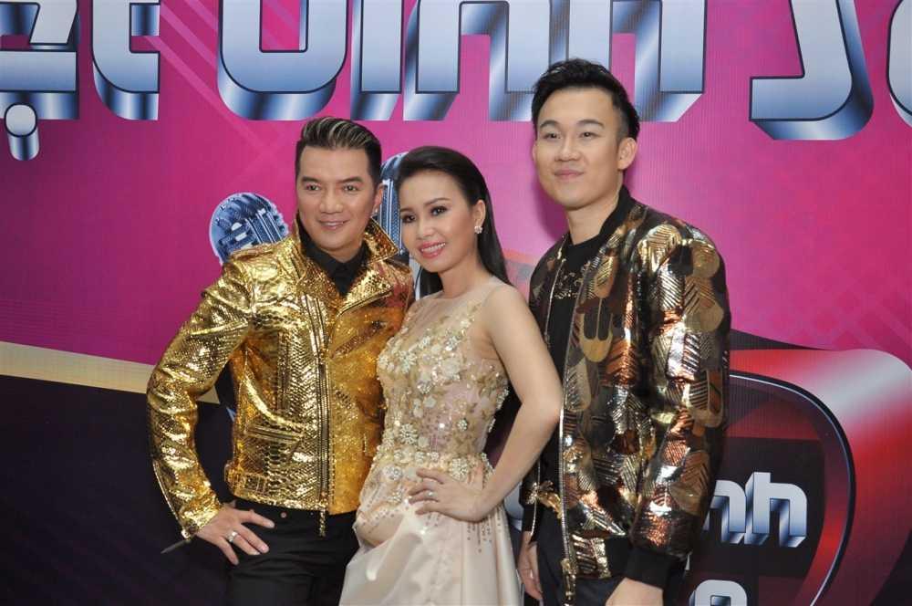 Noo Phuoc Thinh ngoi ghe huan luyen vien cung Dam Vinh Hung hinh anh 11