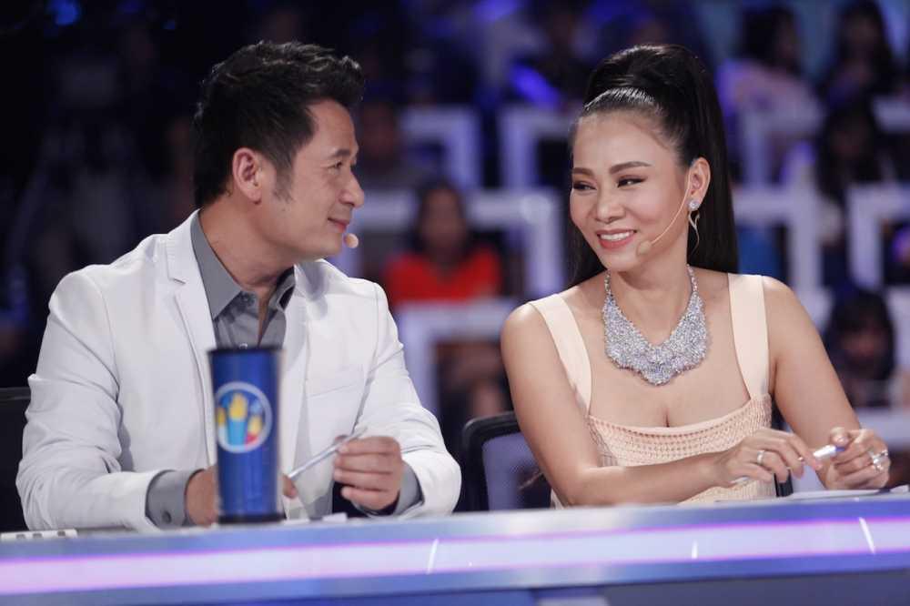 Vietnam Idol: Thu Minh bat binh khi Bang Kieu co tinh 'chup mu' thi sinh hinh anh 6