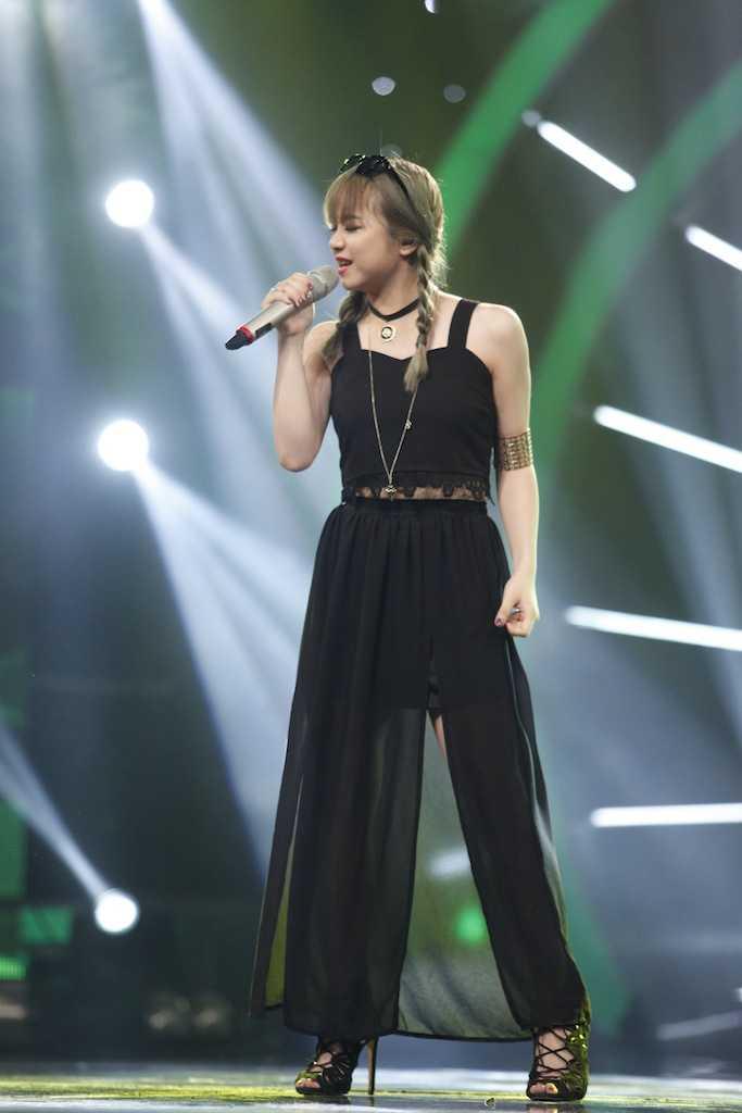 Vietnam Idol: Thu Minh bat binh khi Bang Kieu co tinh 'chup mu' thi sinh hinh anh 11
