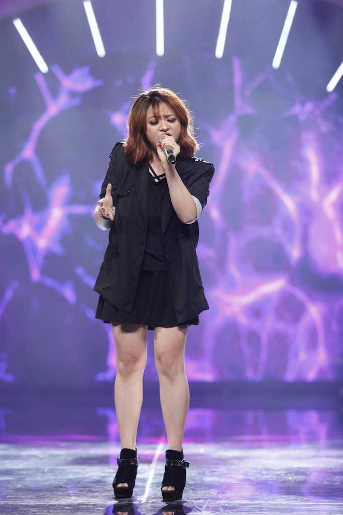 Vietnam Idol: Thu Minh bat binh khi Bang Kieu co tinh 'chup mu' thi sinh hinh anh 7