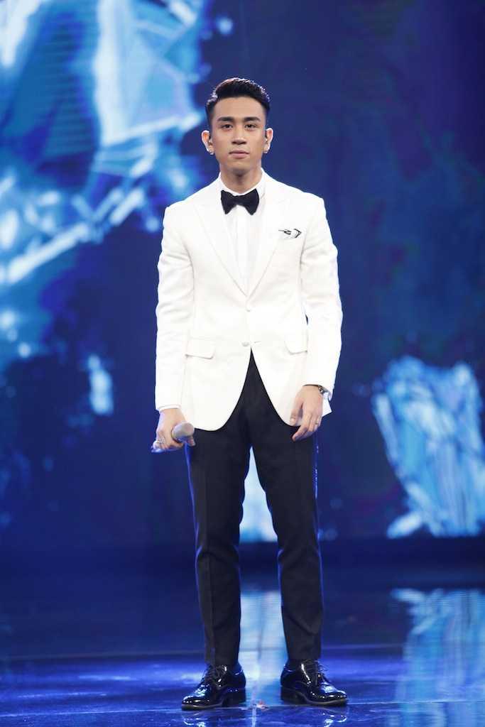 Vo chong Thu Minh xuat hien rang ro giua scandal lua tien hinh anh 7
