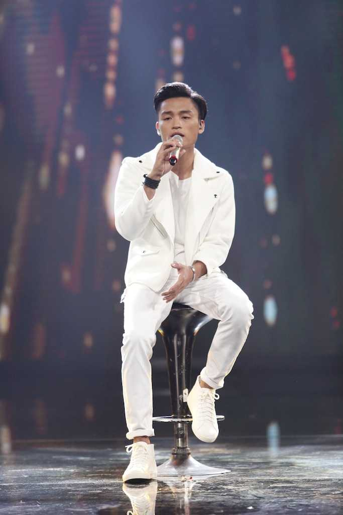 Vo chong Thu Minh xuat hien rang ro giua scandal lua tien hinh anh 6