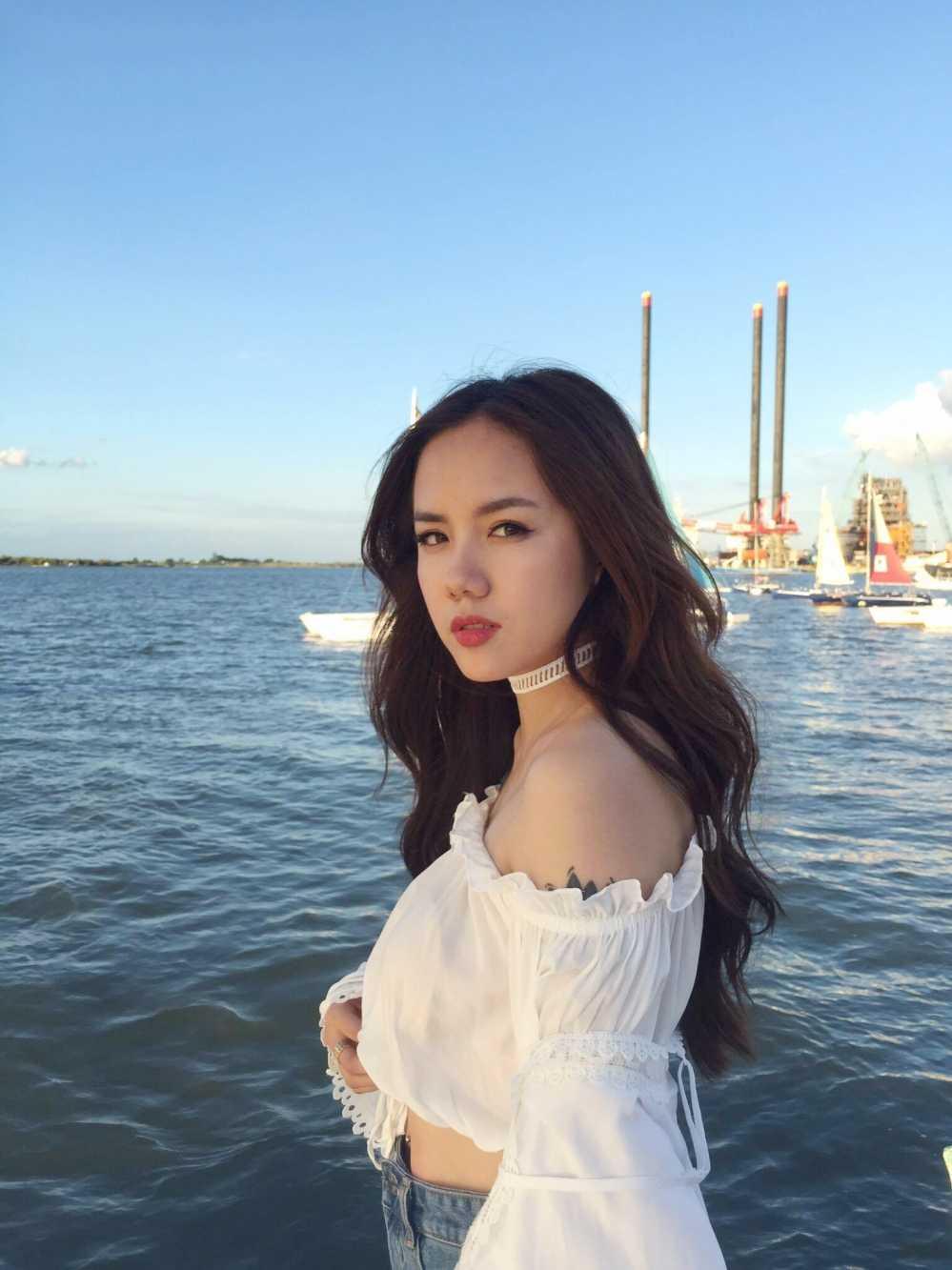 Em gai Phuong Linh khoe 'nguoi yeu' trong san pham dau tay hinh anh 7