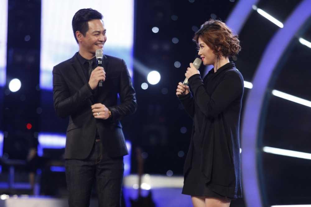 Truc tiep Vietnam Idol: Thu Minh doa se 'chem dep' Viet Thang neu quen loi bai hat hinh anh 13