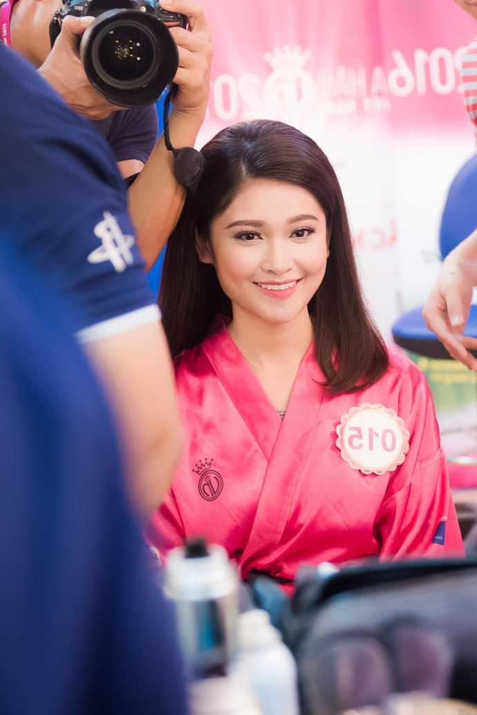 Thi sinh Hoa hau Viet Nam da san sang cho dem chung ket hinh anh 5