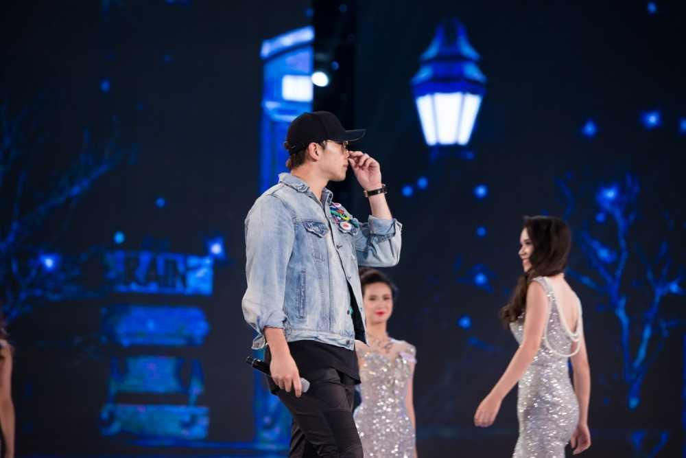 Bi Rain danh tang loi khen dac biet cho ban to chuc Hoa hau Viet Nam hinh anh 6