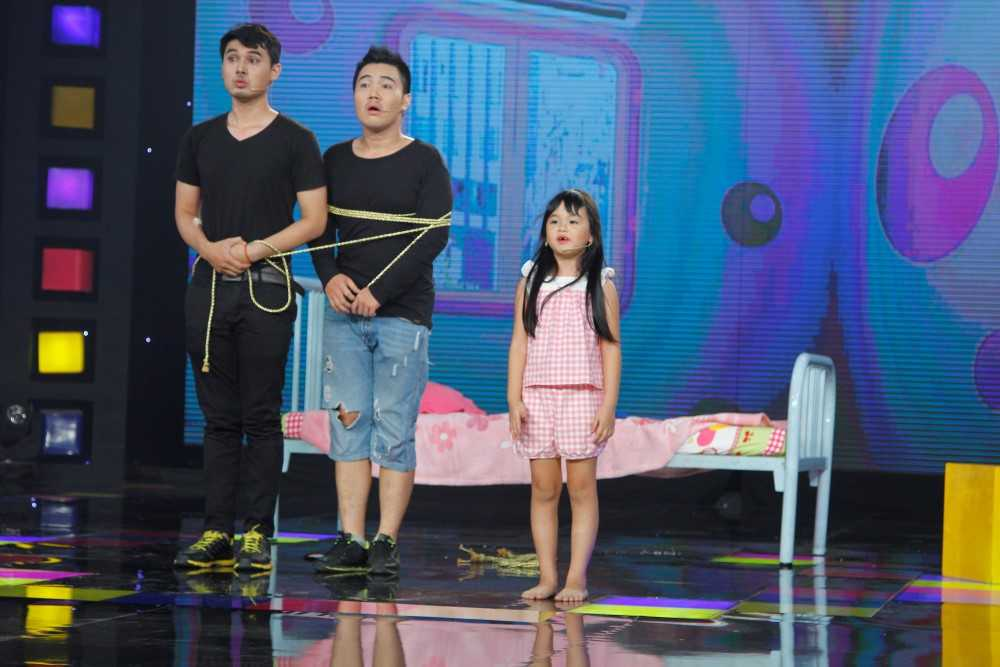 'Me con Cam' phien ban Nguoi Hung Ti Hon lam Cam Ly cuoi ngat hinh anh 12