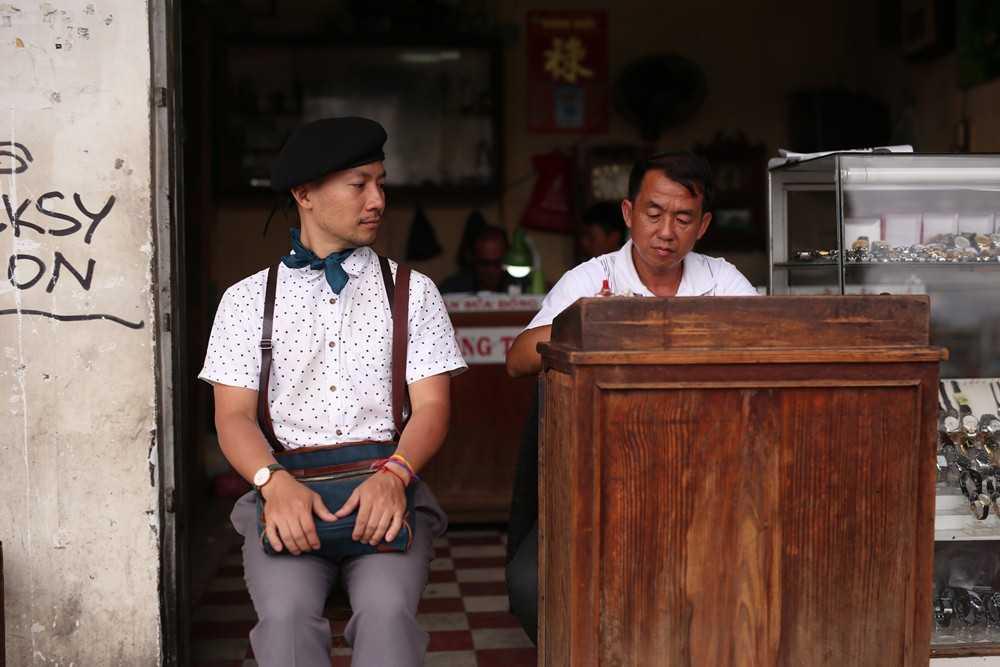 Dinh Tien Dat: 'Con nguoi ta chi mai me chay theo tien ma quen di dao duc!' hinh anh 5