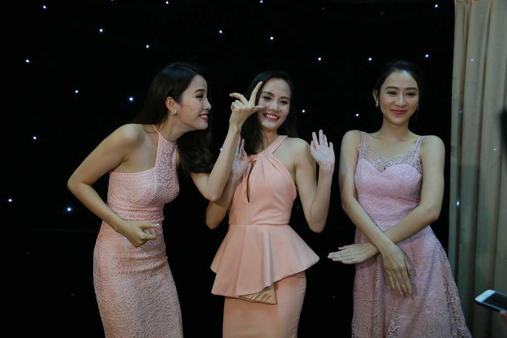 Tran Thanh 'can loi' vi bi 3 nang Hoa hau chat chem hinh anh 2