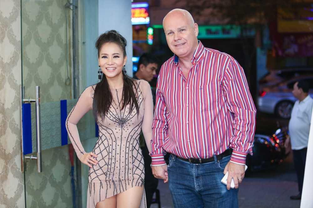 Tuan Hung: 'Cung nam tay nhau dong vien, anh Minh Thuan se som khoe lai' hinh anh 3