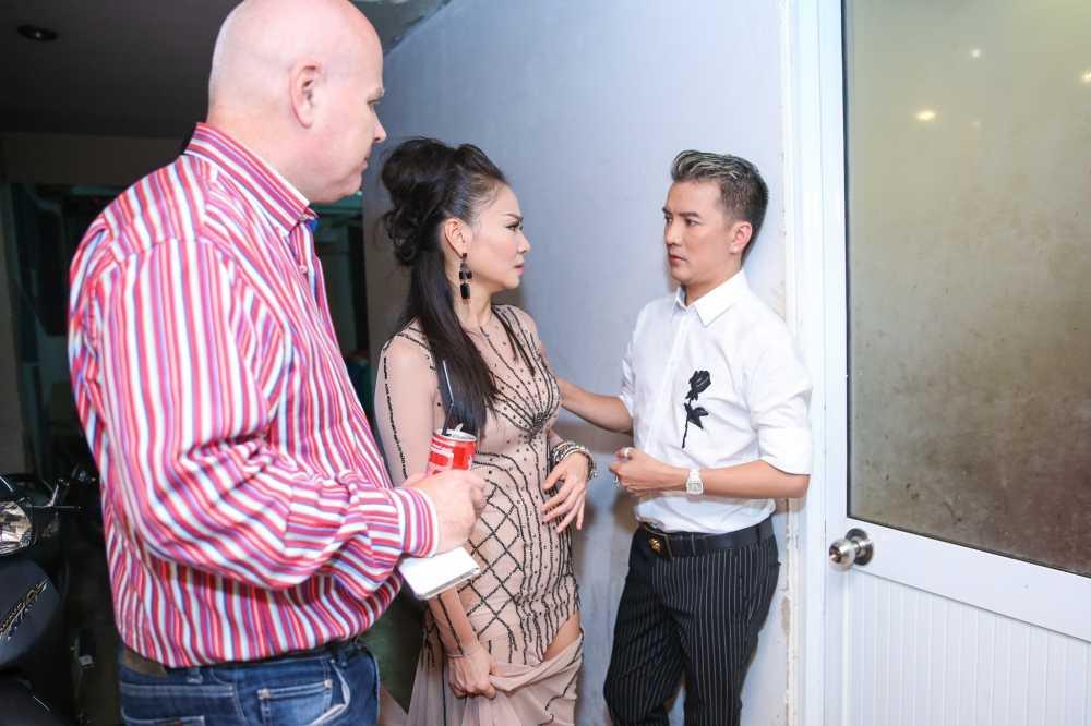 Tuan Hung: 'Cung nam tay nhau dong vien, anh Minh Thuan se som khoe lai' hinh anh 5