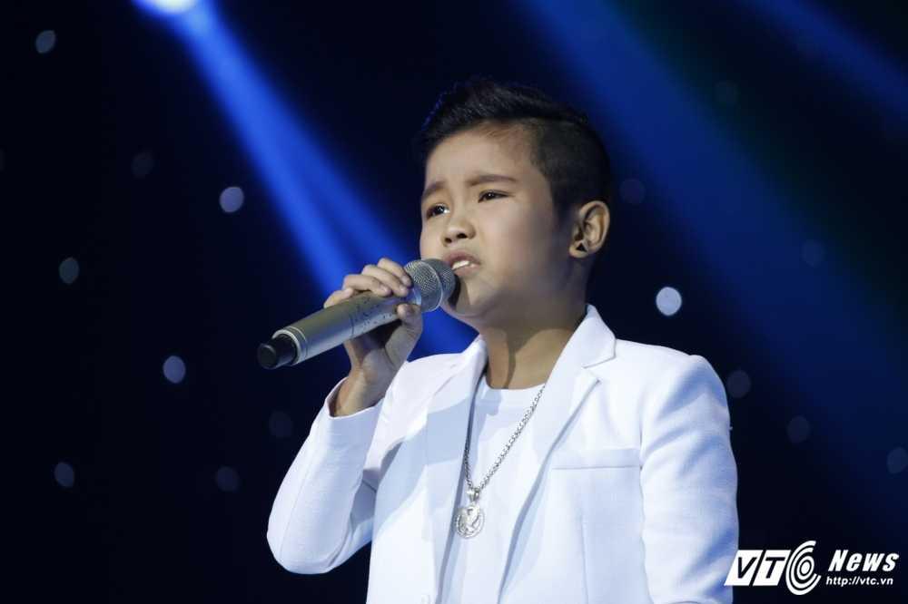 Noo Phuoc Thinh tinh nguyen lam vu cong cho 'co be ban banh bo' hinh anh 19