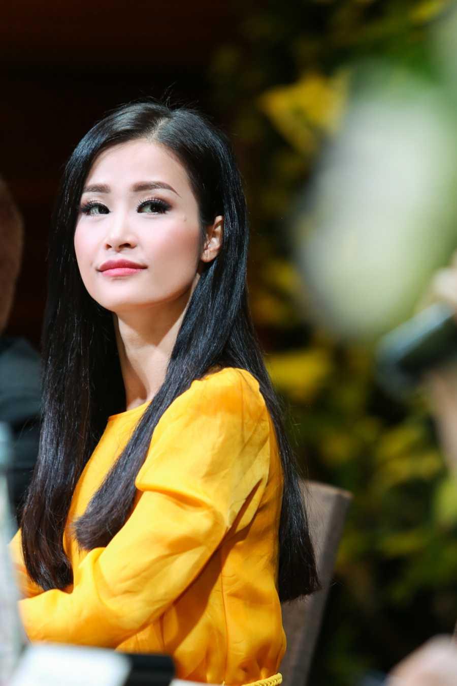 Dong Nhi lam liveshow dau tien sau 8 nam ca hat tai san van dong hinh anh 2