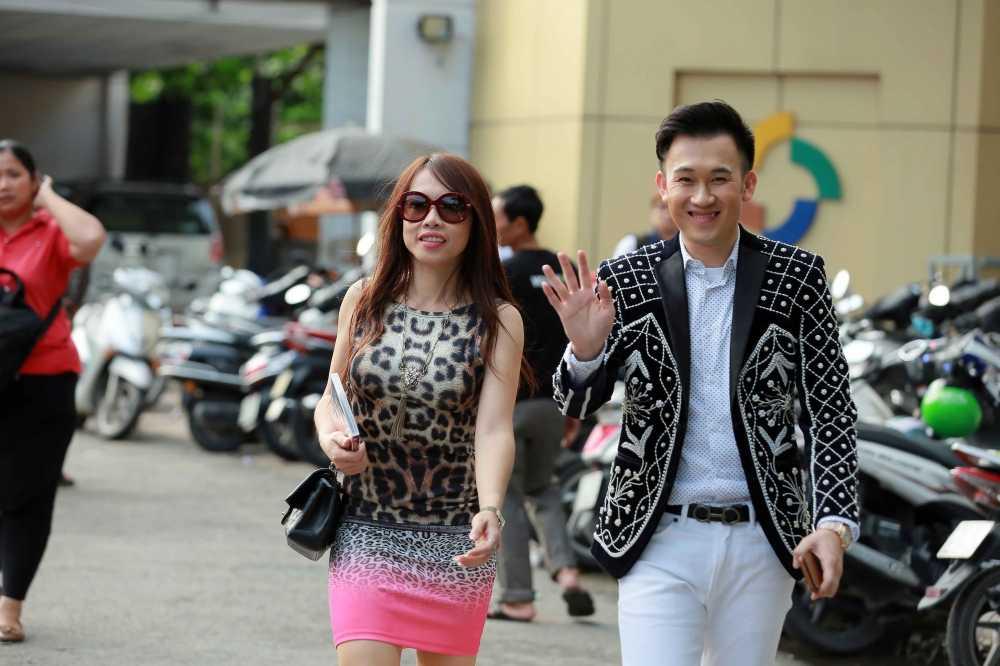 Em gai ruot sanh dieu nhat cua Hoai Linh ve nuoc hinh anh 3
