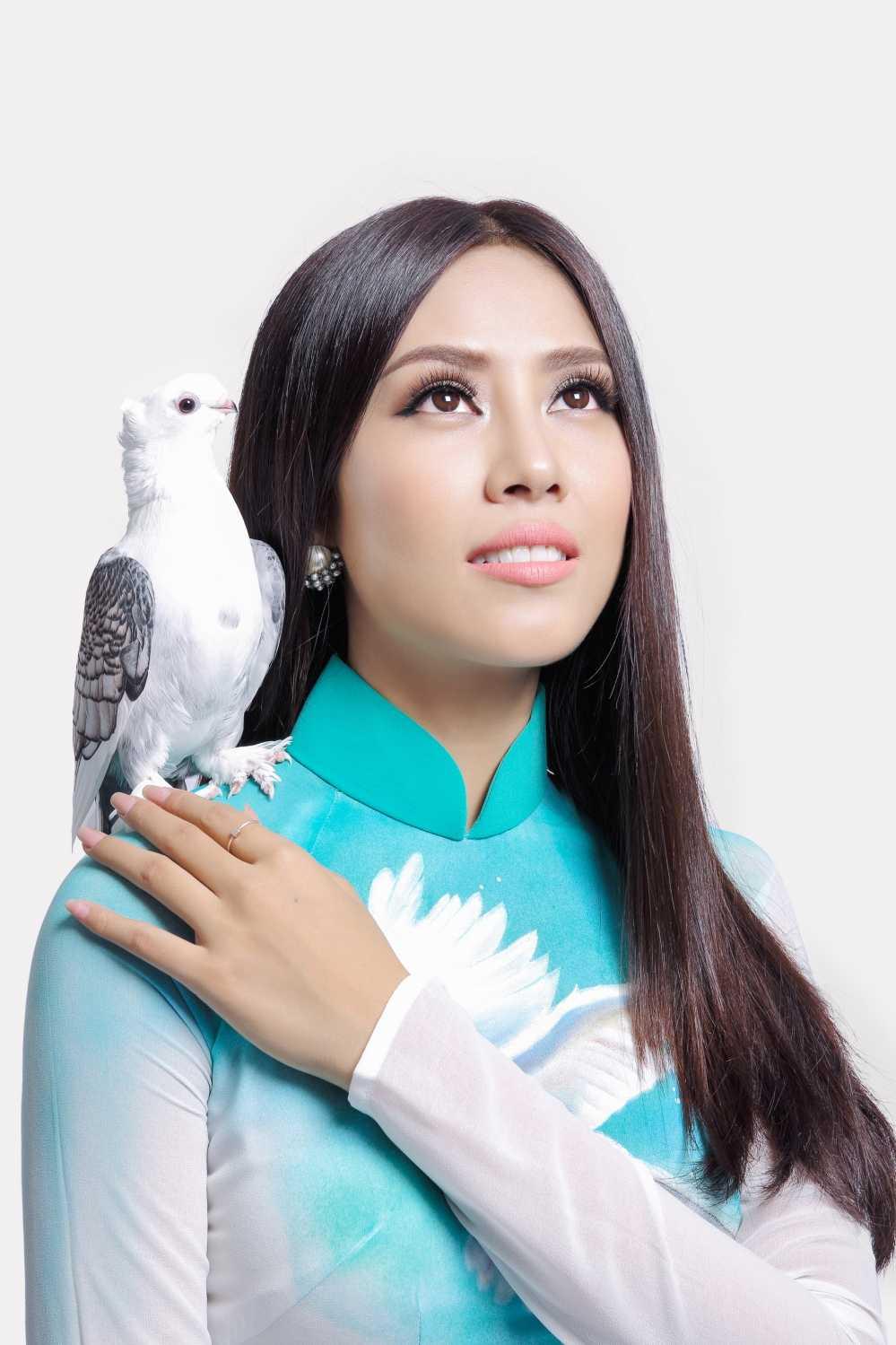 Nguyen Thi Loan mang dieu gi den voi Hoa hau hoa binh quoc te? hinh anh 7