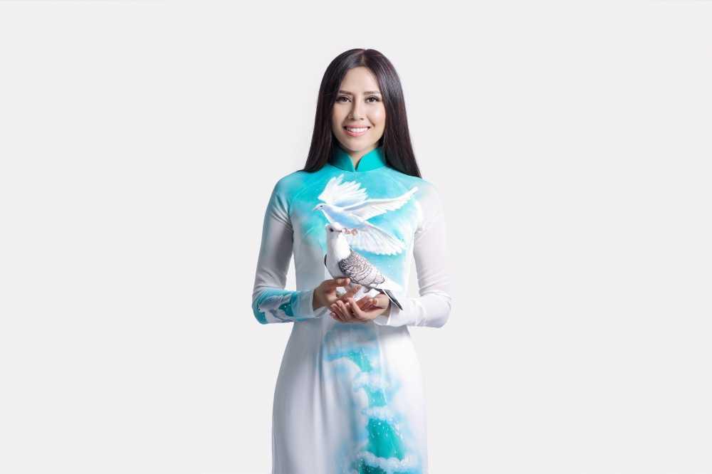 Nguyen Thi Loan mang dieu gi den voi Hoa hau hoa binh quoc te? hinh anh 3