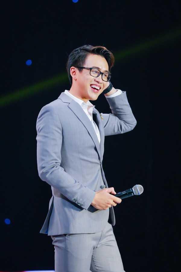 'En vang 2016' Quang Bao: 'Toi khong lay chuyen doi minh ra de cau view' hinh anh 3