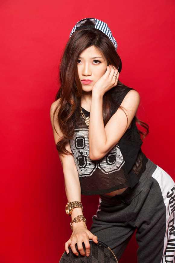 Trang Phap tung bang chung to ban to chuc MTV vi benh vuc Son Tung ma 'doi trang thay den' hinh anh 1