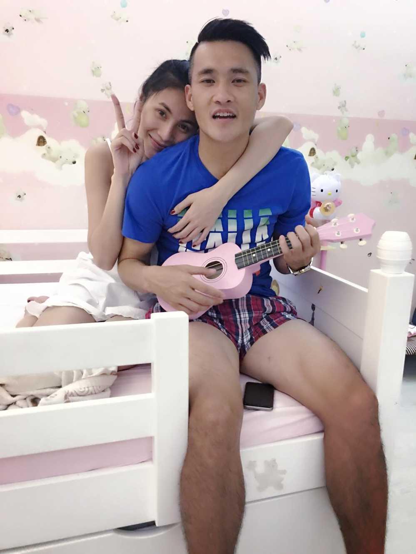 'Tan chay' chung kien khoanh khac Cong Vinh cung chieu Thuy Tien va Banh Gao hinh anh 3