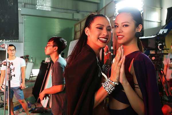 Phi Phuong Anh 'phai long' Lily Nguyen trong hau truong phim ngan hinh anh 8
