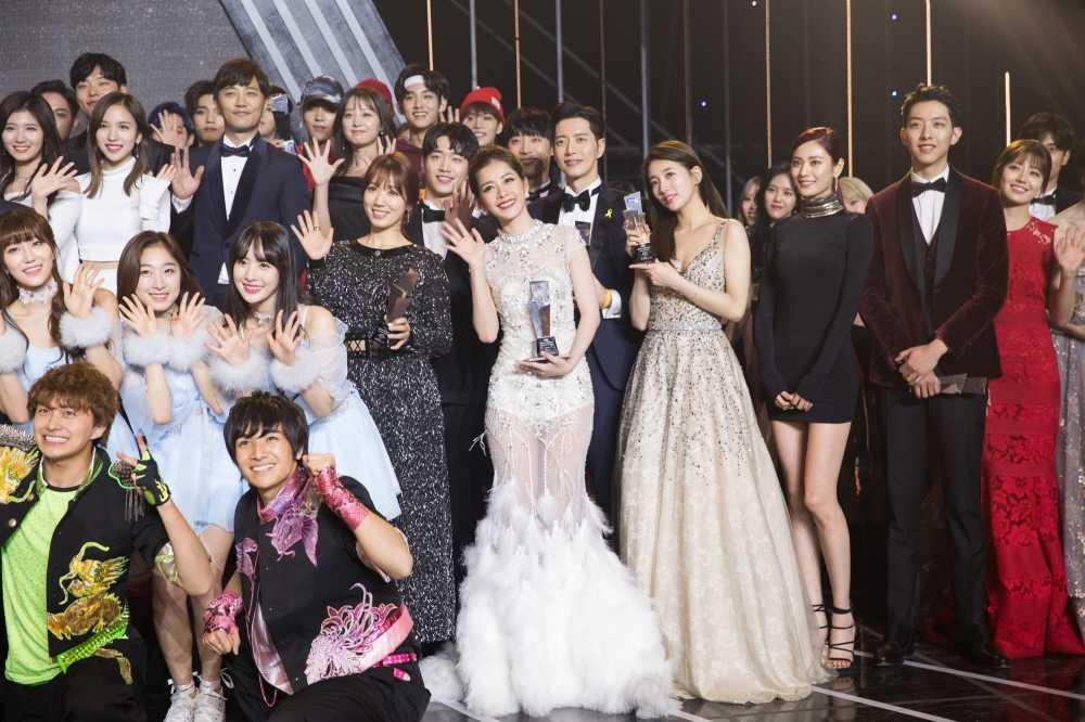 Chi Pu tra loi phong van dai KBS sau chien thang taiAsia Artist Awards 2016 hinh anh 6