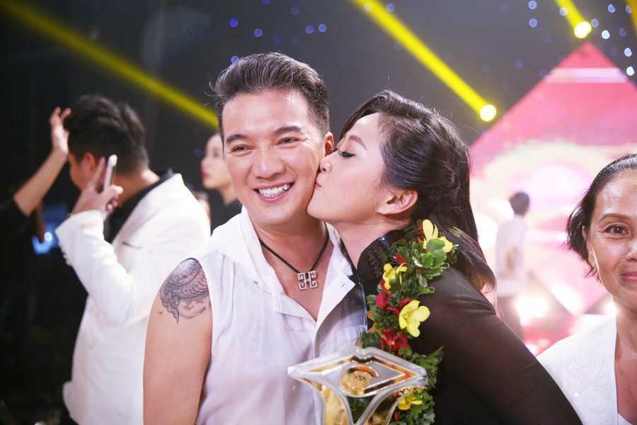 Lieu Ha Trinh, Phung Yen dang quang nguoi dan chuong trinh truyen hinh En Vang 2016 hinh anh 4