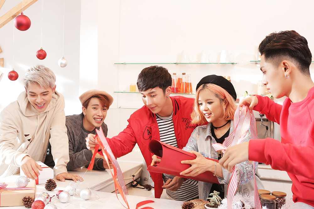Hot boy 16 tuoi cua 'Sing my song' ra tay giup Suni Ha Linh 'thoat e' hinh anh 3