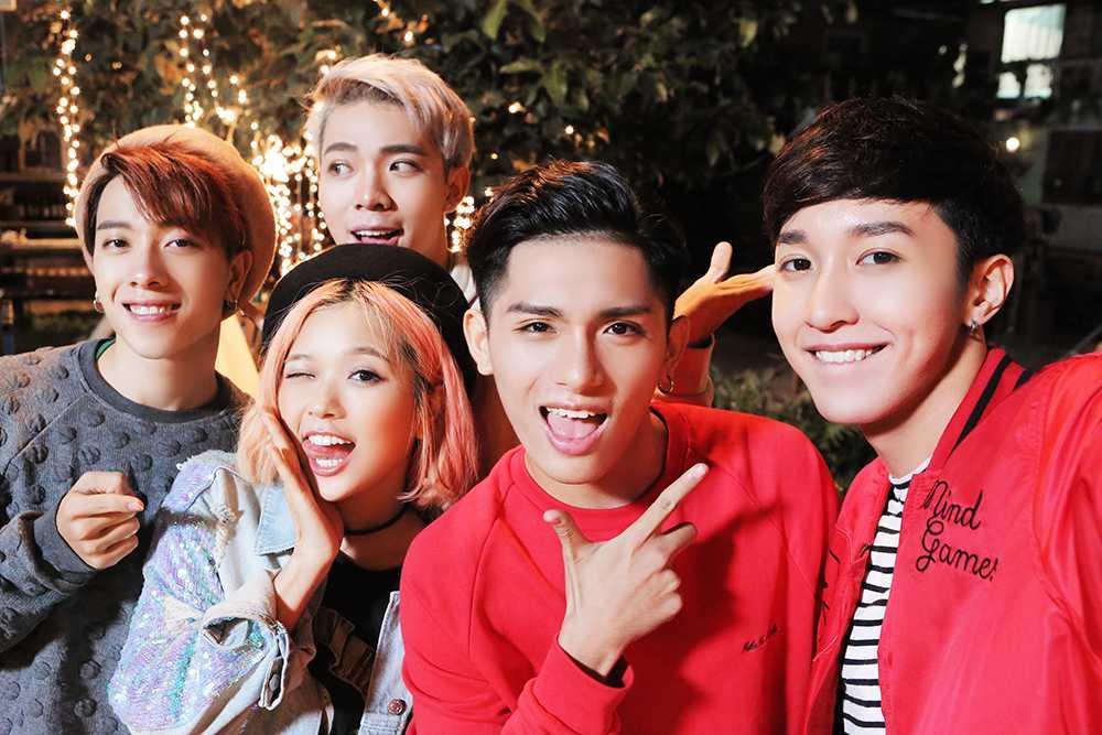 Hot boy 16 tuoi cua 'Sing my song' ra tay giup Suni Ha Linh 'thoat e' hinh anh 2