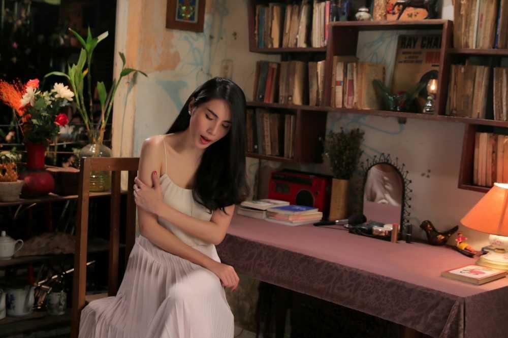 Thuy Tien ke chuyen tinh yeu dam nuoc mat hinh anh 6