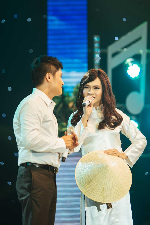 Nam Cuong bi Thanh Duy 'sam so' ngay tren san khau hinh anh 1