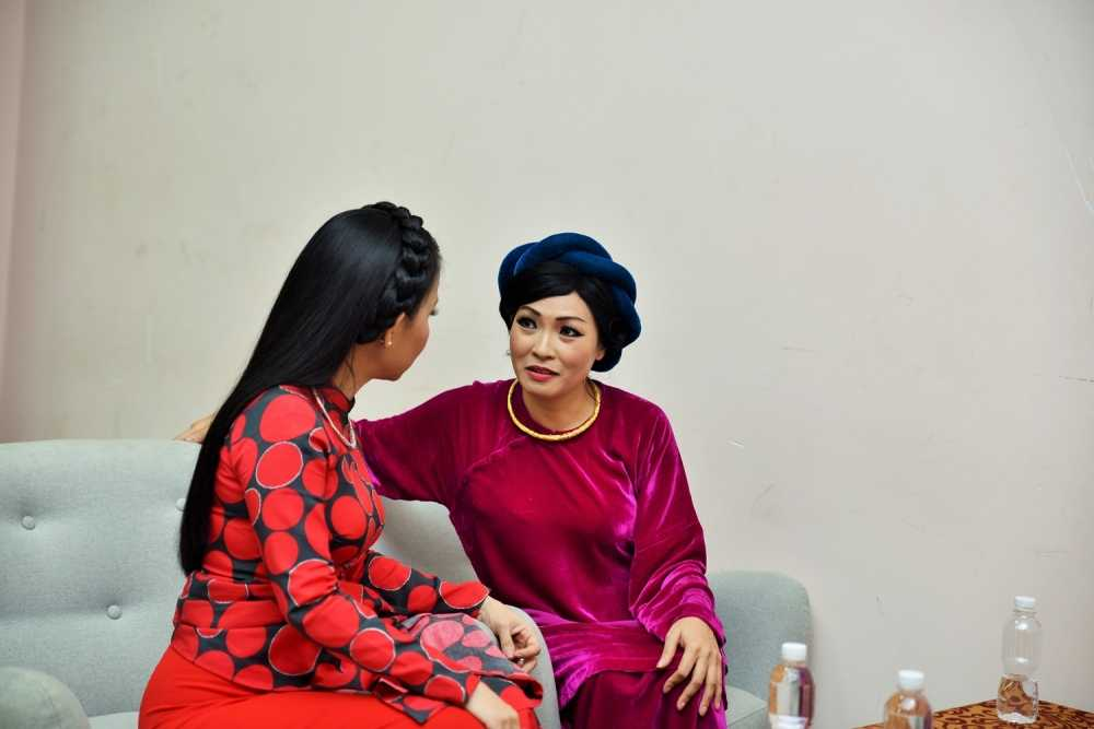 Phuong Thanh lan dau ngoi ghe nong cung Dam Vinh Hung hinh anh 3