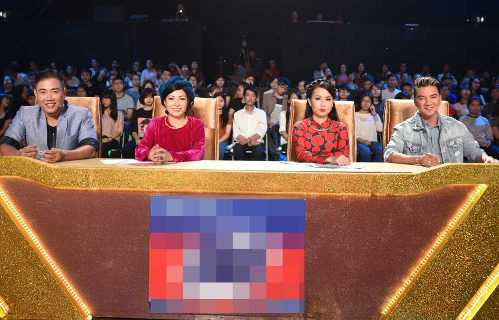 Phuong Thanh lan dau ngoi ghe nong cung Dam Vinh Hung hinh anh 6