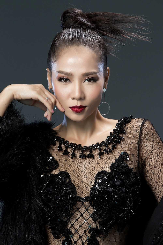 Thu Minh xac nhan quay tro lai ghe nong The voice 2017 hinh anh 2