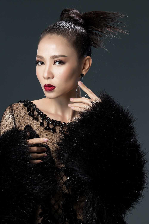 Thu Minh xac nhan quay tro lai ghe nong The voice 2017 hinh anh 1