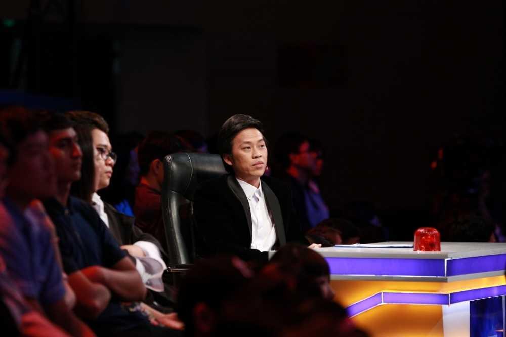 On gioi cau day roi: Hoai Linh 'lat keo', giup Le Giang 'ha be' Tran Thanh hinh anh 7