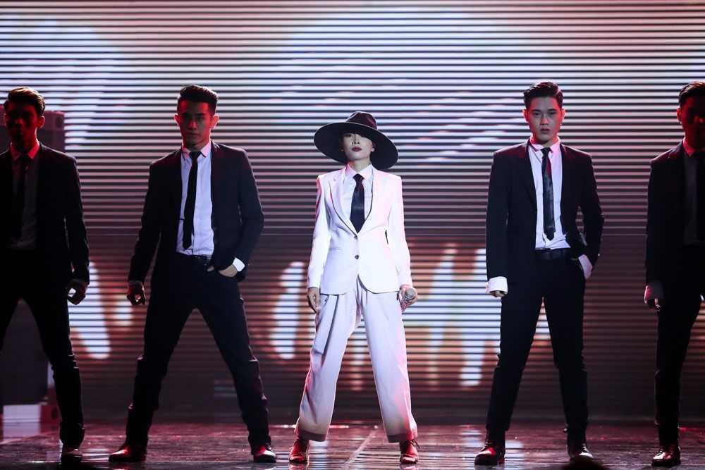 Khong ho danh 'nu hoang chieu tro', Yen Trang dot mat khan gia tai The Remix hinh anh 4