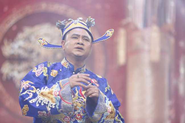 Tao Moi truong Tu Long che loi hat 'Lut ca' gay sot hinh anh 1