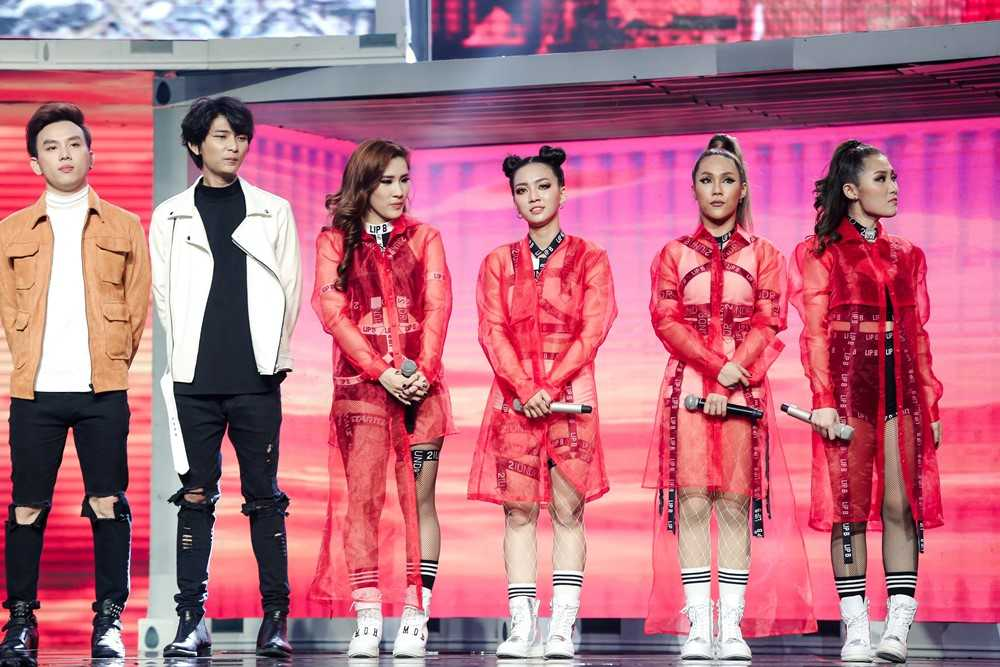 The Remix: 'Ga cung' Dong Nhi 'bai tran' phut chot truoc Yanbi – Yen Le hinh anh 7
