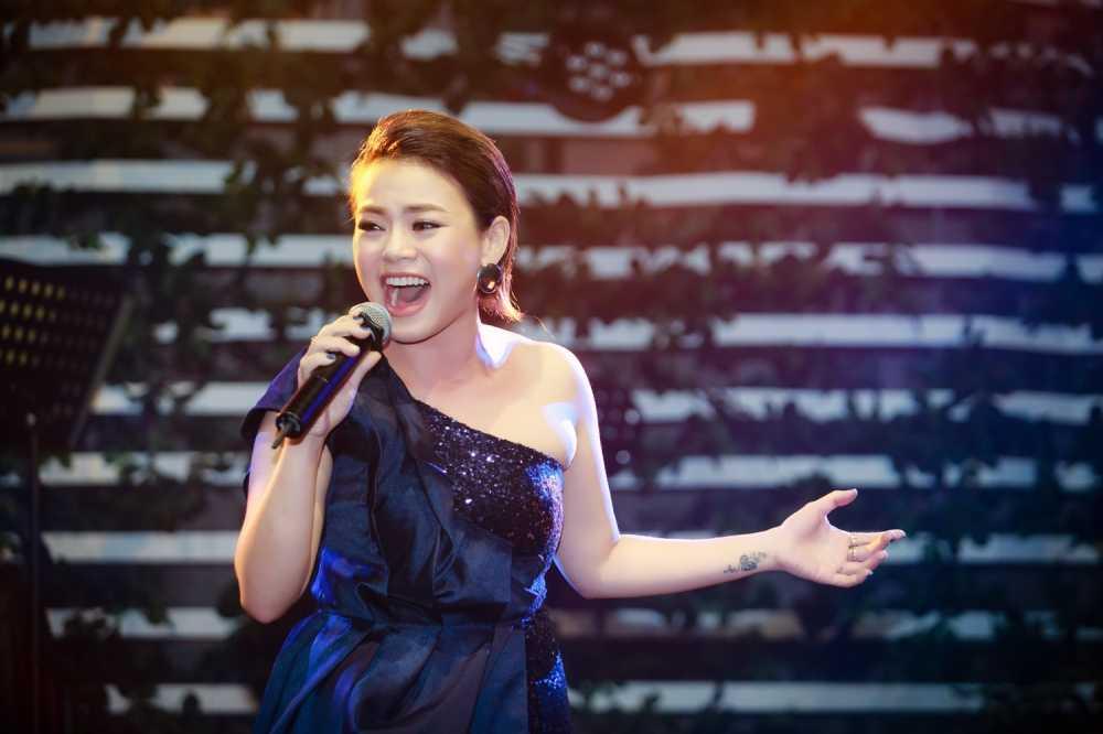 Hai Yen Idol 'thang hoa' voi loat hit cua Phuong Thanh hinh anh 2