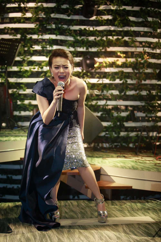 Hai Yen Idol 'thang hoa' voi loat hit cua Phuong Thanh hinh anh 3