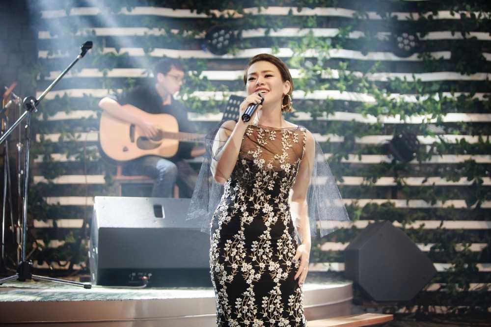 Hai Yen Idol 'thang hoa' voi loat hit cua Phuong Thanh hinh anh 4