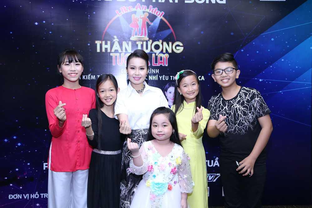 Cam Ly, Quang Linh cung NSND Thu Hien di tim 'than dong nhi hat nhac dan ca' hinh anh 3