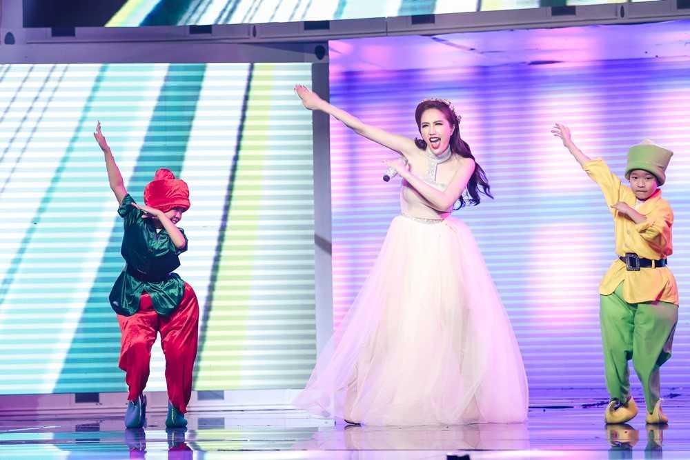 Bao Thy, Yen Trang va nhung chuyen chua ke tai Remix new generation hinh anh 1